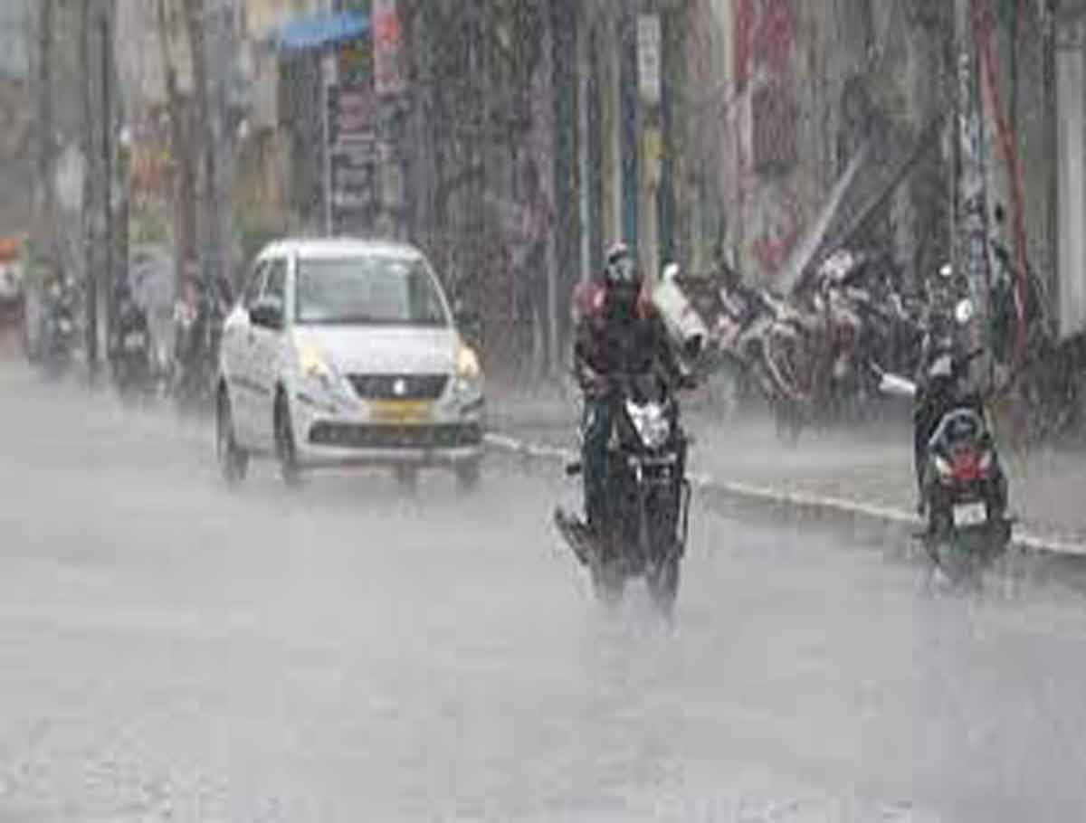 IMD Predicts Intense Spell of Rainfall in 5 States Tomorrow